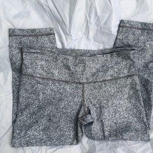 Lululemon capris leggings pants 10
